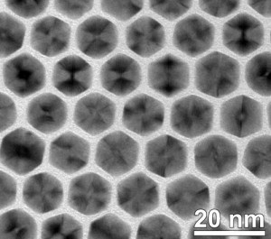 This is a micrograph showing the uniformity of the nanocrystals at low magnification. Credit: Hong Yang, University of Illinois