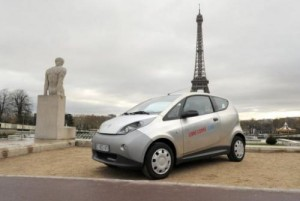 An electric Autolib' bluecar is presented during a press conference in Paris on November 29, 2012. The French electric car share program has set its sights on the home of one of the top US race car events: Indianapolis.