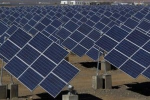 Large solar panels in a solar power plant in Hami, northwest China's Xinjiang Uygur Autonomous Region on May 8, 2013. Renewables like solar and wind represent the fastest-growing source of energy power generation and will make up a quarter of the global power mix by 2018, the International Energy Agency said in a report.