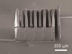 For the first time, a research team from the Wyss Institute at Harvard University and the University of Illinois at Urbana-Champaign demonstrated the ability to 3-D print a battery. This image shows the interlaced stack of electrodes that were printed layer by layer to create the working anode and cathode of a microbattery. Credit: Ke Sun, Teng-Sing Wei, Jennifer A. Lewis, Shen J. Dillon