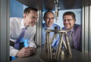 A 3D Hall sensor developed by Dr.-Ing. Markus Stahl-Offergeld, Dr.-Ing. Hans-Peter Hohe and Michael Hackner (from left to right) can measure position exactly. © Dirk Mahler/Fraunhofer