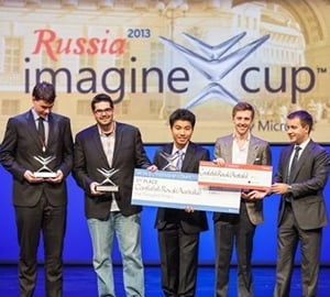 Team Confufish Royale accept their prize in St Petersburg, Russia.