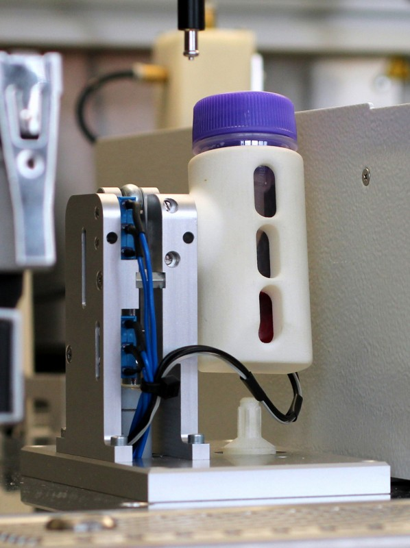 The process starts with the automated, mechanical disruption of the tissue sample. © Fraunhofer IPA