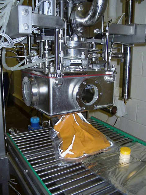 ARS, North Carolina State University, and Industrial Microwave Systems LLC developed a process to make and package sweetpotato purées using a continuous-flow microwave technology. Yamco, an industry collaborator, commercialized the process. Photo by Van-Den Truong.