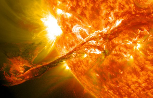 Via coronal mass ejections the star loses a fraction of its mass; additionally, CME generates a strong magnetic field that interacts with the star. In this image: CME on 31 August 2012. Credit: NASA