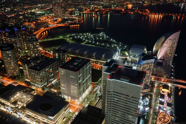 Picture: The night of Yokohoma Minatomirai, Tokyo, Japan. Author: Luke Ma. Year: 2014.