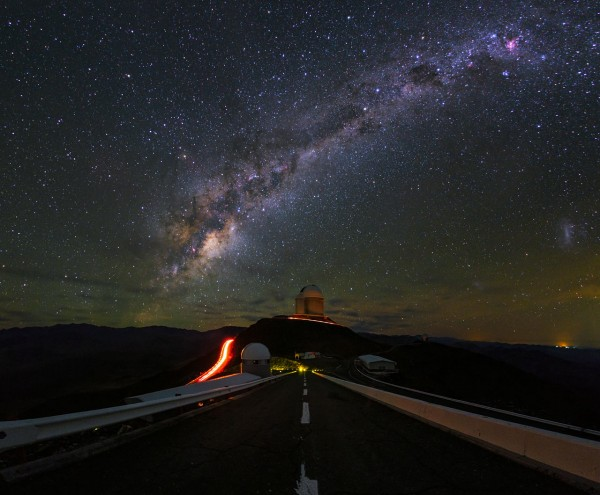 An ultra HD view of La Silla Observatory, showing theESO 3.6-metre telescopein centre view, which is home to the world's foremost extrasolar planet hunter: theHigh Accuracy Radial velocity Planet Searcher(HARPS). The Milky Way can be see in all its magnificence overhead. Taken during theESO Ultra HD Expedition.