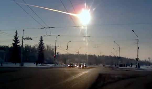 The epic airburst over Chelyabinsk as captured via dashcam. (Still from video).