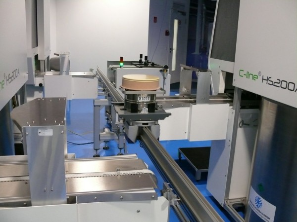 The biobank comprises three cryotanks, equipped with cooled protective hoods, and a transfer station from which the sample containers are transported via a rail system. There is enough space for approximately 60,000 samples. © Fraunhofer IBMT