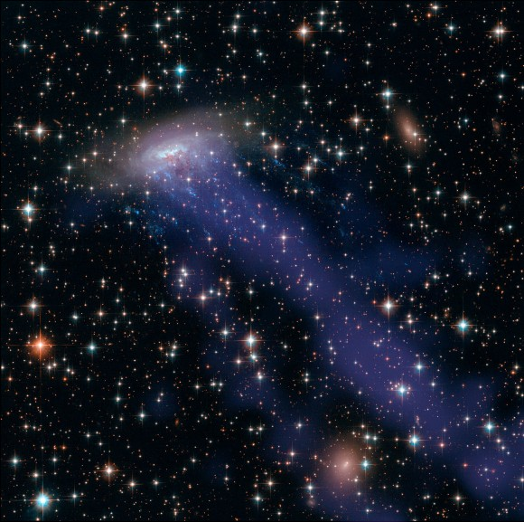 This image of ESO combines NASA/ESA Hubble Space Telescope observations with data from the Chandra X-ray Observatory. Credit: NASA / ESA / CXC