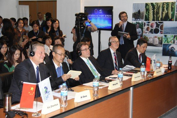 Al Gore and UNEP Executive Director Achim Steiner at the China Pavilion at the Lima Conference. Credit: UNEP