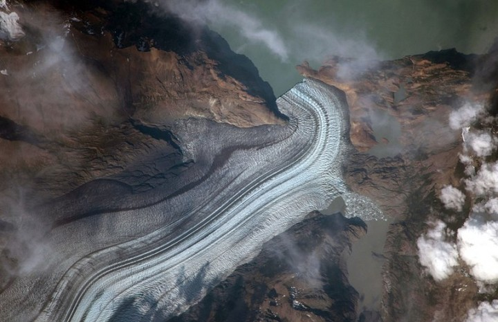 Students from Evergreen Middle School requested this image of Viedma Glacier for their investigation. Image Credit: NASA