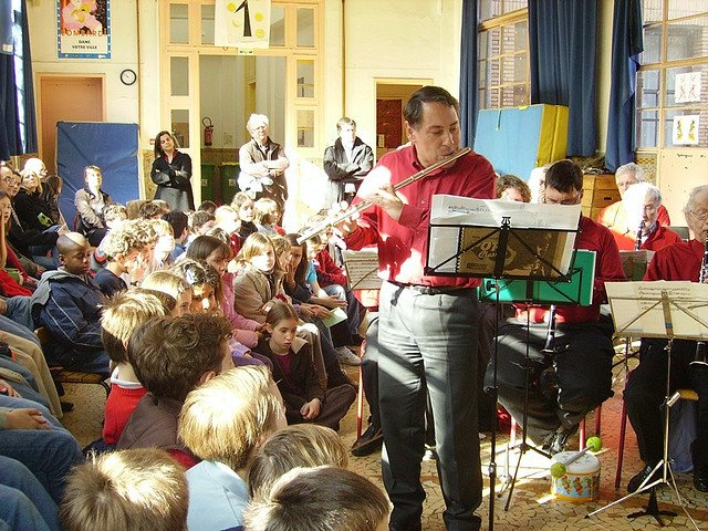 Picture: Music Class. Image credit: h2r via Flickr, CC BY-NC-ND 2.0.
