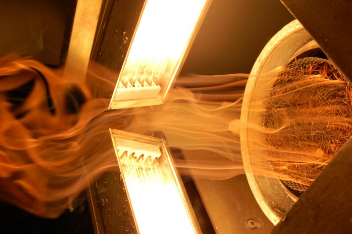 This is the fire propagation apparatus recreating the impact induced thermal pulse at the Cretaceous-Palaeogene (K-Pg) boundary. Halogen lamps are delivering the thermal radiation. Image credit: University of Exeter