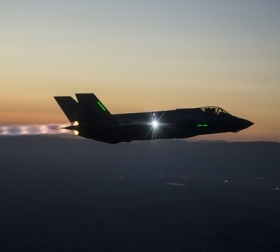 An F-35A Joint Strike Fighter on a night mission in the US. Flickr/Lockheed Martin
