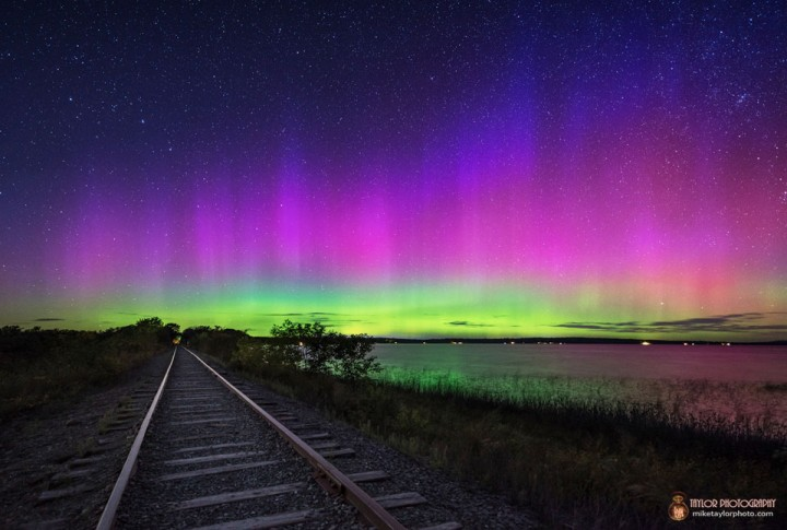 An intense aurora on September 12, 2014 in central Maine. Credit: Mike Taylor