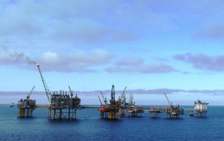 A new technique for passively probing the seafloor using weak seismic waves generated by ocean waves was tested at the Ekofisk oil field in the North Sea. Credit: Wikipedia /Creative Commons