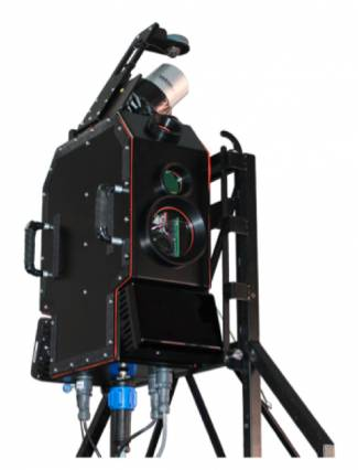 Essess' thermal-imaging rig, mounted on a car's roof, includes long-wave infrared radiometric cameras, near-infrared cameras, and a LiDAR system to capture 3-D images. An onboard control system has software to track the route and manage the cameras. Courtesy of Essess