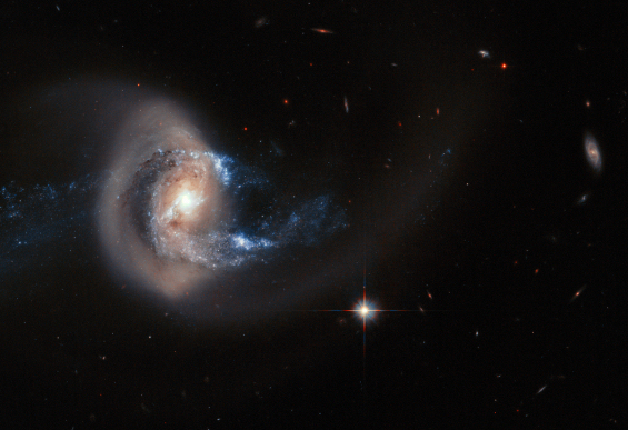 Hubble image of NGC 7714. Credit: ESA, NASA. Acknowledgement: A. Gal-Yam (Weizmann Institute of Science)