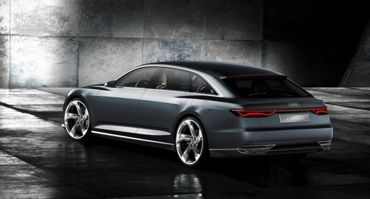 Wide shoulder lines accentuate 22-inch wheels and dynamic character of the car, image courtesy of Audi