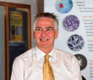Professor Paul Kirkbride's research shows promising signs of of being able to link shooters to crime scenes without a weapon or spent bullet cartridge. - See more at: https://blogs.flinders.edu.au/flinders-news/2015/02/18/research-gives-new-hope-in-the-fight-against-gun-crime/#sthash.Fqpjtkf9.dpuf