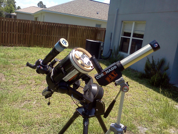 Rigs to view the Sun in both hydrogen-alpha and visible light. Credit: David Dickinson