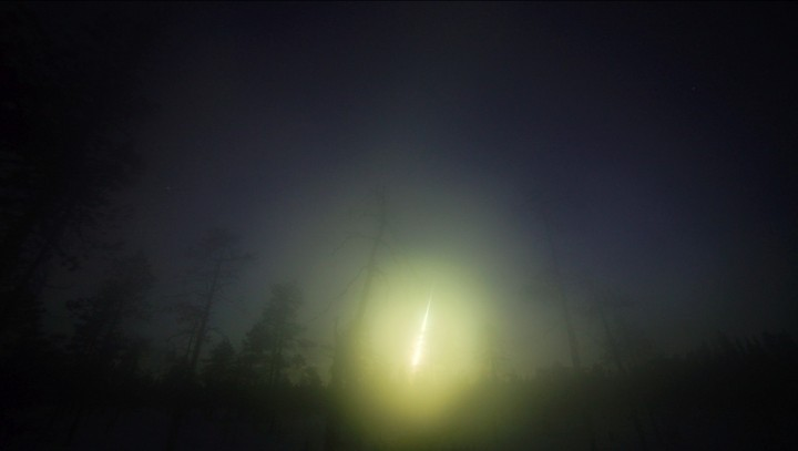 This is a picture of the fireball at the time of entry to Earth taken at the Kola Peninsula (Russia). Image credit: Asko Aikkila