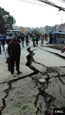 The earthquake caused huge cracks to open in the streets of Kathmandu. The Nepalese capital lies in a sediment filled basin, which tends to amplify the seismic ground shaking. Image credit: EMSC