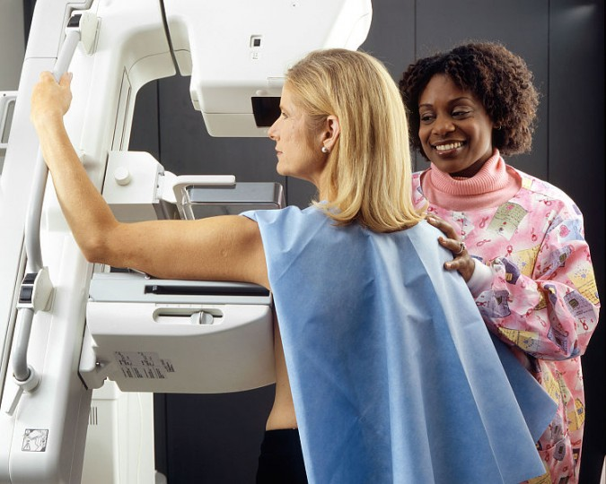 A new X-ray imaging technique, called tomosynthesis, was found to be up to 40% more effective in detecting malignancy of the breast than traditional mammography. Image credit: National Cancer Institute via Wikimedia.org, CC0 Public Domain.