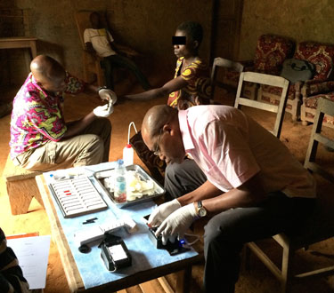 A pilot test in Cameroon of CellScope Loa, a mobile phone-based video microscope developed by a UC Berkeley-led team, found that the device was as good as conventional blood smears in detecting levels of the Loa loa parasitic worm. Image credit: NIAID