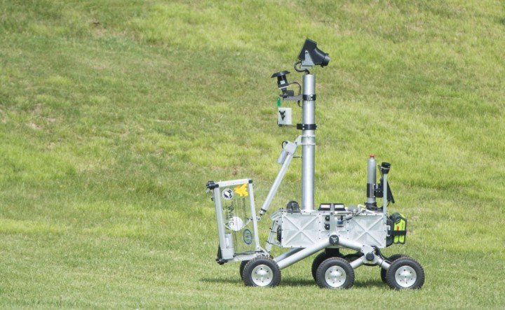 During Level 2 of NASA's Sample Return Robot Challenge, the robot designed and built by West Virginia University team The Mountaineers had two hours to return autonomously at least two undamaged samples, including a sample known previously to the team and one introduced the day of the competition. Credits: NASA
