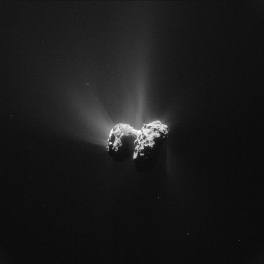 Rosetta will attempt comet landing This single frame Rosetta navigation camera image of Comet 67P/Churyumov-Gerasimenko was taken on 15 June 2015 from a distance of 207 km from the comet centre. The image has a resolution of 17.7 m/pixel and measures 18.1 km across. Credit: ESA/Rosetta/NAVCAM – CC BY-SA IGO 3.0
