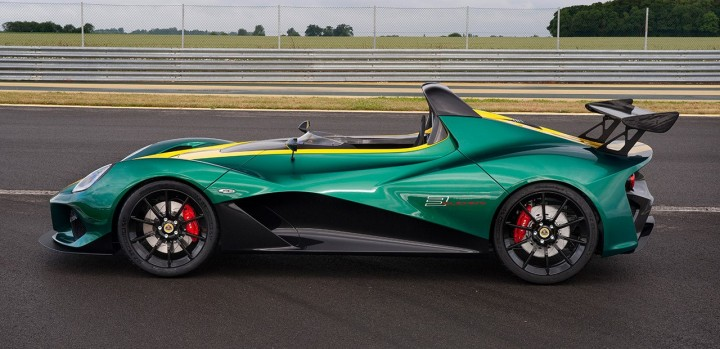 With open cockpit, dramatic bodylines and aggressive aero kit, 3-Eleven is very attractive sight for the eye and finds itself at home at the track. Image courtesy of lotuscars.com.