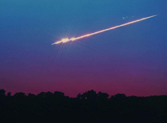 A bright meteor from September 21, 1994. Credit: John Chumack.
