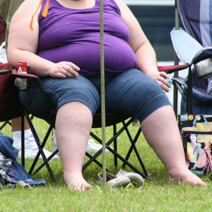 Obesity and excess weight have become a significant focus for health-care experts in recent years. New research at Washington University School of Medicine in St. Louis shows that an escalation in the number of those considered obese or overweight in the United States continues. Image credit: Tony Alter