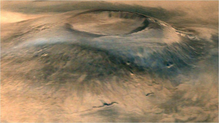 Spectacular 3D view of Arsia Mons, a huge volcano on Mars, taken by camera on India's Mars Orbiter Mission (MOM). Credit: ISRO