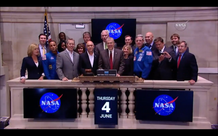NASA officials and U.S. commercial space partners ring the closing bell at the New York Stock Exchange (NYSE) on Thursday, June 4, 2015. NASA is working with commercial industry to enable new research aboard the International Space Station that benefits humanity and stimulate other economic opportunities from spaceflight. Credits: NYSE