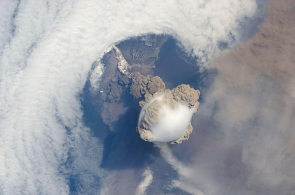 Sarychev volcano, (Russia's Kuril Islands, northeast of Japan) observed in an early stage of eruption on June 12, 2009 from the ISS. Credit: NASA