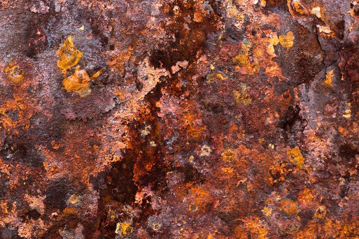 Rust on iron. Copyright L.Keiows/Wikipedia (CC BY-SA 3.0)