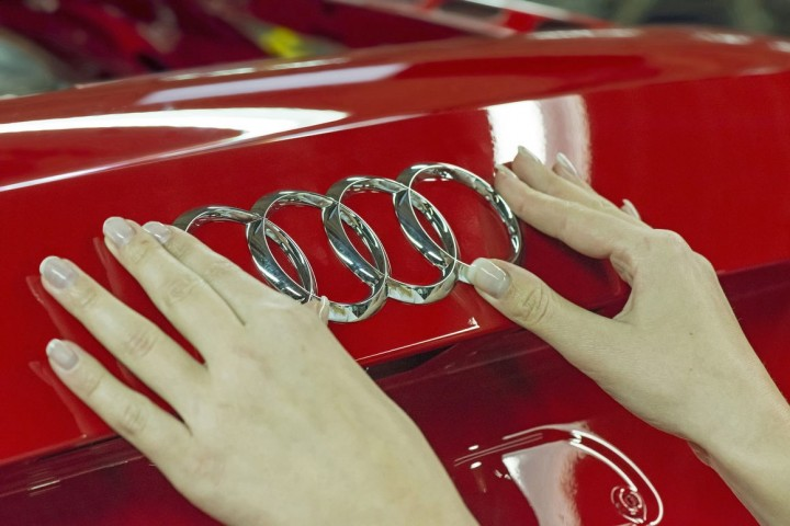 Audi announced partnership with LG Chem and Samsung SDI in order to manufacture batteries that will allow electric SUV to achieve 500 kilometre range – significantly more than currently the most advanced electric SUV can reach. Image credit: audi-mediacenter.com