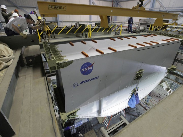 The PRSEUS-1 multi-bay box being lowered into the COLTS prior to testing. Credits: NASA Langley/David. C. Bowman