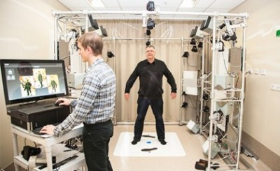 Mr Glen Wimberley and Professor H. Peter Soyer using the VECTRA Whole Body 360