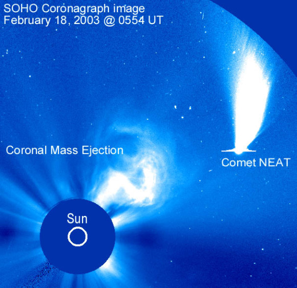 Comet NEAT makes its way through the field of view of SOHO's LASCO C2 camera in 2003. Image credit: NASA/ESA/NRL/Sungrazers