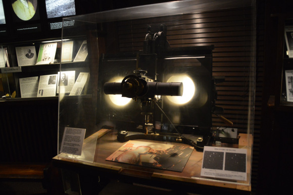 Tombaugh's mechanical 'steampunk starblinker' on display at the Lowell observatory. Image credit: Dave Dickinson