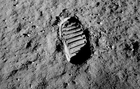 Bootprint in the moon dust from Apollo 11. Credit: NASA