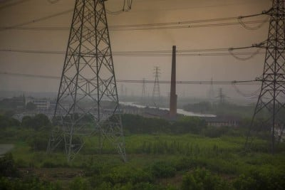 A coal-fired power station in rural Zhejiang Province, China. Image credit: Steven J. Davis