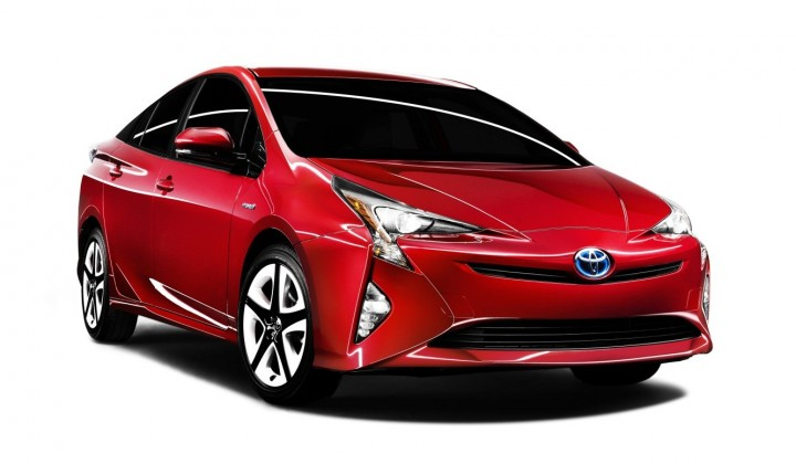 More rigid chassis, new suspension and low centre of gravity is said to make the new Toyota Prius a more dynamic and enjoyable car to drive in all driving conditions. Image courtesy of newsroom.toyota.co.jp.
