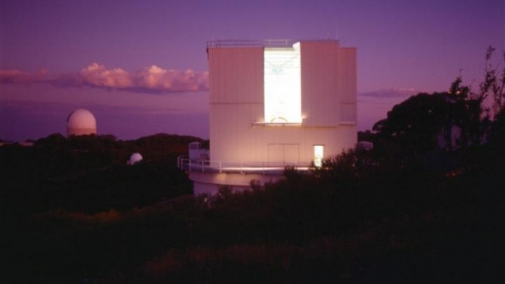 ANU 2.3m telescope at dusk, with the Anglo-Australian Telescope behind. Image credit: ANU