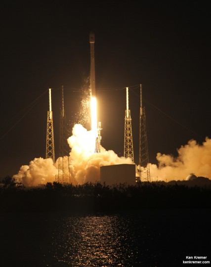 SpaceX Falcon 9 rocket successfully launched the SES-8 communications satellite on Dec. 3, 2013 from Pad 40 at Cape Canaveral, FL. Credit: Ken Kremer