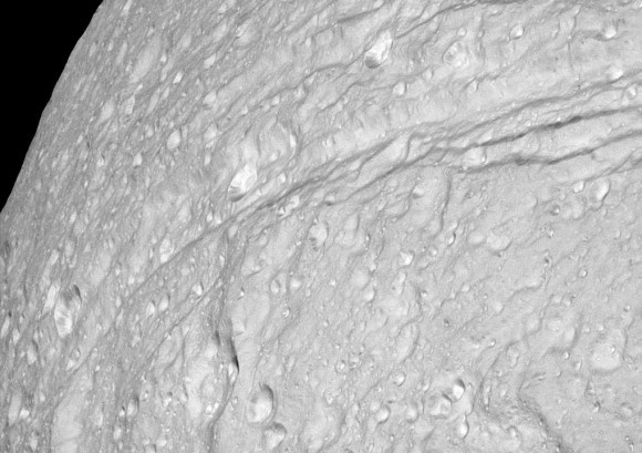 Cassini closeup of the southern end of Ithaca Chasma. Credit: NASA/JPL/Space Science Institute.
